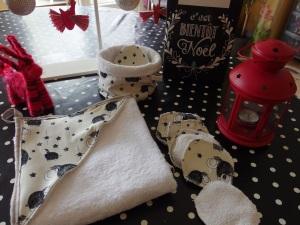 Ensemble de toilette : Serviette de bain, lingettes lavables et panière en jersey Mammouth pour souhaiter la bienvenue à Petit Bout