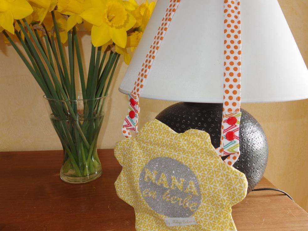 Ma création pour le concours Papa Pique Maman Coud : Un sac épaule ou bandoulière en forme de FLEUR pour toutes les NANA en HERBE !!!