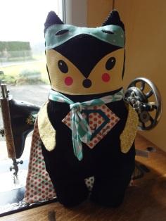 Tiago, Un renard SUPER HEROS !!! Coup de coeur de L'univers en couture de la petite cabane de Mavada...
