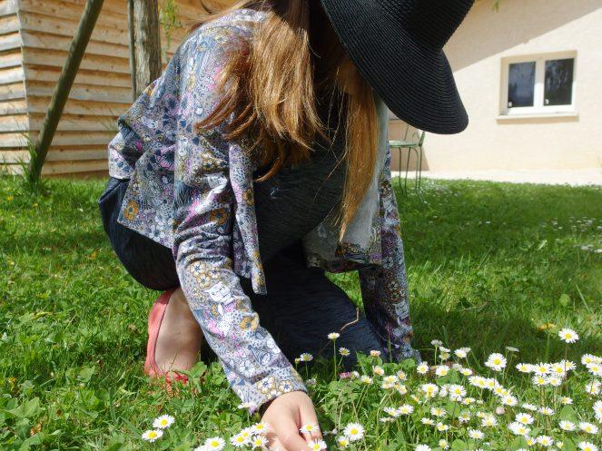 Veste bucolique pour ma belle RECTANGLE AND TWO SLEEVES du magazine Ottobre 3/2014, Tout en jersey Lululaluciole.com