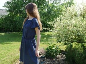 Après le duo de blouse Mère fille...Place à la Flower Flow version robe... Tout en jersey... Ottobre 3/2017....